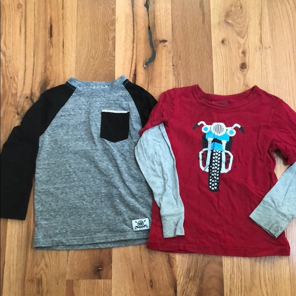 Children's Place Other - Boys size 5 long sleeve T-shirts